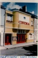 PHOTO . CINEMA REX . SABLE SUR SARTHE . Ouvert En 1949 Par Mr Raymond FORTIN De Dangeul Et Fermé En 1979 - Sable Sur Sarthe