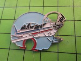 1418c Pin's Pins / Belle Qualité Et TB état !!!! : THEME AVION AVIATION / OMEGA AVION DE VOLTIGE - Airplanes