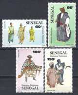 Senegal  Yv 652/55, Costumes Traditionnels** Mnh - Sénégal (1960-...)