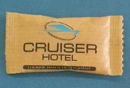 Sachet De Sucre, Cruiser Hotel, Ulcinj Montenegro - Sucres