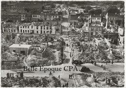 27 - ÉVREUX - Juin 1940 - Carrefour Rues Dr. Oursel Et Des Lombards +++++ Édit. M. Curé, Évreux ++++ CPSM / RUINES - Evreux