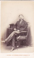 ANTIQUE CDV PHOTO -  SMART SEATED MAN. TOP HAT .  EDINBURGH  STUDIO - Photographs