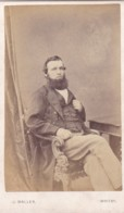 ANTIQUE CDV PHOTO -  SEATED BEARDED MAN . WHITBY STUDIO - Photographs