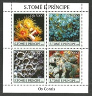 ST THOMAS AND PRINCE 2004 MARINE LIFE CORAL REEF M/SHEET MNH - Sao Tome And Principe