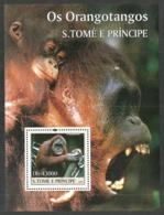 ST THOMAS AND PRINCE 2004 WILDLIFE ORANGUTANS MONKEYS M/SHEET MNH - Sao Tome And Principe