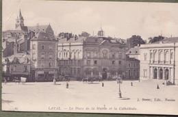 CPA -  49. LAVAL - La Place De La Mairie Et La Cathédrale - Laval