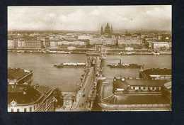 Budapest. *Aussicht Mit Kettenbrücke* Ed. Liszt Ferenec-tér Nº 89. Nueva. - Hungría