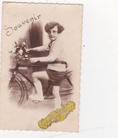 Photographie Originale D'un Garçon Avec Son Vélo Bicyclette Cyclisme Cycling Radsport  BELGIQUE Belgium (2 Scans) - Ciclismo
