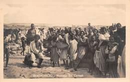"08756 ""SOMALIA - MOGADISCIO - MERCATO DEI CEREALI"" ANIMATA.  CART NON SPED - Somalia"