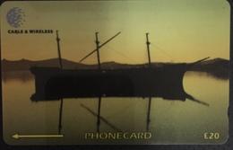 Paco \ ISOLE FALKLAND \ 339CFKD (0) \ The Wreck Of The Lady Elizabeth At Sunset \ Usata - Falkland Islands
