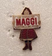 Pin's Maggy . Superbe Egf - Pin-ups