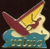 VOLVIC - PLANCHE A VOILE - Waterski