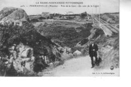 FERMENVILLE Près De La Gare Un Coin De La Ligne - Autres Communes