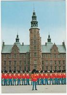 Copenhagen: Den Kgl. Livgarde Foran Rosenborg Slot - The Royal Guard - Die Königliche Leibgarde - (DK.) - Denemarken