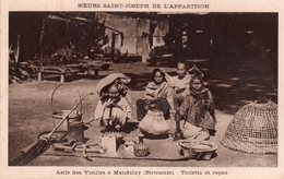 CPSM, Soeurs Saint Joseph De L'Apparition, Asile De Vieilles à Mandalay (Birmanie), Toilette Et Repas - Missions