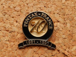 Pin's -  PENTAX FRANCE 10 Ans - Photography