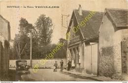 27.  HOUVILLE .  La Maison THUILLIER .  CPA Animée . - Francia