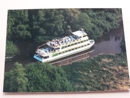 Party/Passagiersschip CATHARINAPLAAT / Lage Zwaluwe ( Luchtfoto Flying Focus ) Anno ? ( Zie/voir Photo ) ! - Pays-Bas