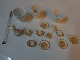 Service A Cafe  Dinette Pour Petite Maison De Poupee (porcelaine Sous Reserve) - Toy Memorabilia