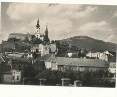 SLOVAQUIE  )) NITRIANSKY HRAD   V POZADI ZOBOR    CPSM GRAND FORMAT - Slovacchia