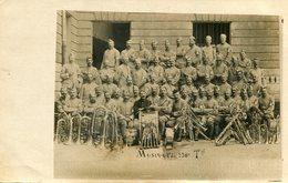 Militaria Militaire Carte Photo Soldats De La Musique Du 230 ème Régiment Territorial Trombonnes Saxophones Clarinettes - Personen
