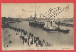 """C.P.A.  ( 76 )  """" Le Havre   """"   L' Entrée Du Port ( Animée )  Voir 2 Photos - Port"""