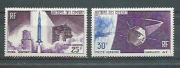 COMORES -  Yvert  PA N° 15 Et 16 **  PREMIER SATELLITE FRANCAIS - Comores (1950-1975)