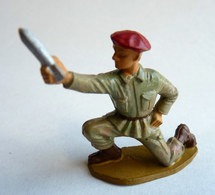 SOLDAT FIGURINE FIG STARLUX 1959 PARACHUTISTE 5067 SERVANT MORTIER PARA (2) - Starlux