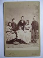 Photographie Ancienne De Cabinet - 1893 - Beau Groupe D'Enfants -  Photographe Silli, VICHY -  TBE - Photographs