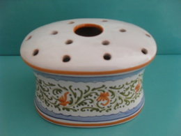 Vaso Ovale Multiforo - Ceramica Di Orvieto - Orvieto (ITA)