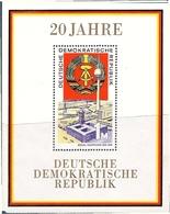 République Démocratique Allemande, Bloc Feuillet N° 24, 20ème Anniversaire De La RDA, Vue De Berlin, Tour De Télévision - [6] République Démocratique