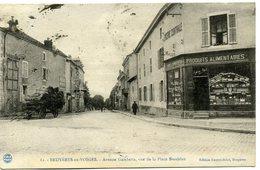 88 - Bruyères En Vosges - épicerie Centrale Et Avenue Gambetta Vue De La Place Stanislas N° 82 - Bruyeres