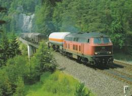 1954570Diesel-Streckenlokomotive 218 213-7 (Karte 21-15) - Trains