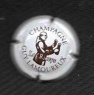 CAPSULE De CHAMPAGNE GUY LAMOUREUX Marron Sur Fond Blanc 10 LES RICEYS - Unclassified
