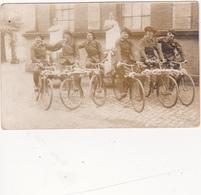 CPA-PHOTO  Chasseurs Alpins Sur Vélos Fleuris Bicyclette Cyclisme Cycling Radsport Militaria Militaire Non Située - Regiments