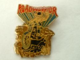 Pin's MOTO ROAD WARRIOR - Motorbikes