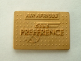 Pin's AIR AFRIQUE - CLUB PREFERENCE - Airplanes
