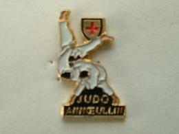 Pin's JUDO - ANNOEULLIN - Judo
