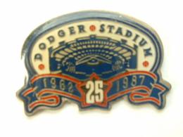 Pin's BASEBALL - DODGER STADIUM 25ANS - Baseball