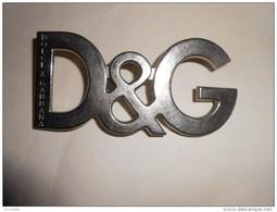 Boucle De Ceinture  - DOLCE ET GABBANA  - D&G- Métal - (ATTENTION 1 Patte Cassée Voir  Photos) - Ceintures & Boucles