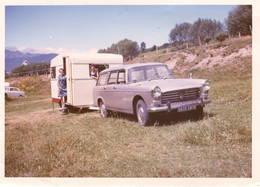 Photo : Auto Avec Caravane - Cars