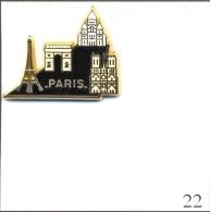 Pin's Tourisme - Paris - Les Monuments Emblématiques. Estampillé Martineau. Zamac. T430-22A - Cities