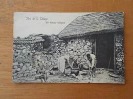 7690) Africa Portuguesa Cabo Verde S. Tiago Santiago Menage Indigene Indigena Cap-vert - Cape Verde