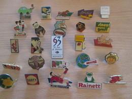 A Prix Cassé !!! LOT18-182 De 25 Pin's En Très Bon état , Tous Différents , Avec Leurs Attaches - Badges