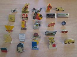 A Prix Cassé !!! LOT18-194 De 25 Pin's En Très Bon état , Tous Différents , Avec Leurs Attaches - Badges