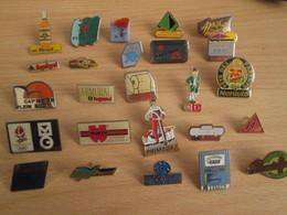 A Prix Cassé !!! LOT18-231 De 25 Pin's En Très Bon état , Tous Différents , Avec Leurs Attaches - Badges