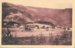 St Saint-Nizier (Isère) - Station Estivale Et Hivernale, Vue Générale Et Montagne De Sornin - Carte Non Circulée - Francia