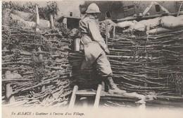 Rare Cpa En Alsace Un Guetteur à L'entrée D'un Village - 1914-18