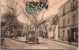 13 ARLES - La Place Voltaire - Arles