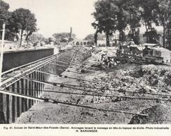 Vers 1960 - Héliogravure - Saint-Maur-des-Fossés (Val-de-Marne) - La Construction De L'écluse - FRANCO DE PORT - Vecchi Documenti